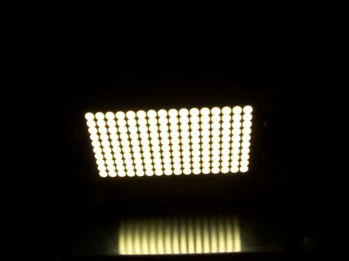 LED 003