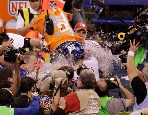 Super bowl 46 gatorade shower